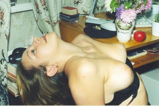 Ретро съемки симпатичных неудовлетворенных девушек - секс порно фото