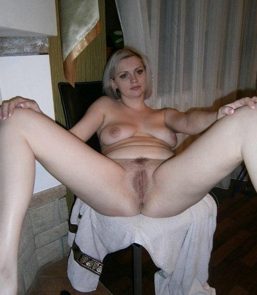 Разные женщины и девушки раздвигают свои ножки - секс порно фото