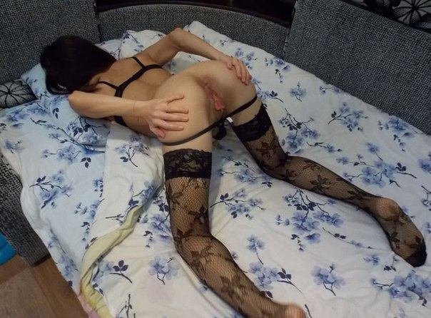 Аппетитные попки в разных местах - секс порно фото