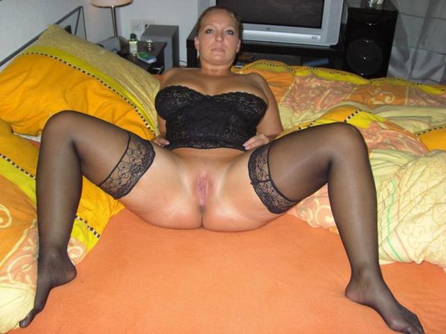 Любят хвастаться своим красивым нижним бельем - секс порно фото