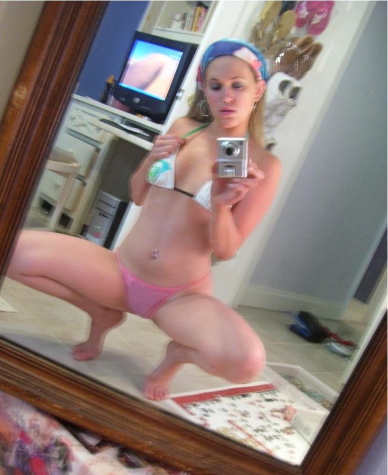 Селфи голых леди в зеркале - секс порно фото