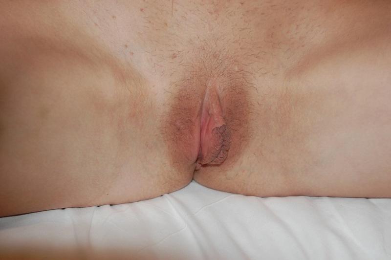 Мамка в нижнем белье позирует - секс порно фото