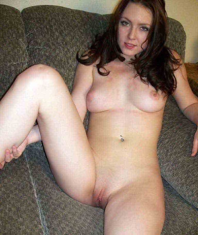 Разделась перед камерой - секс порно фото