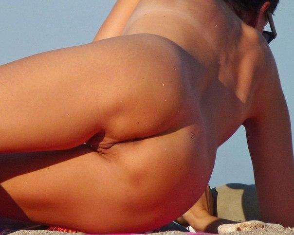 Фотографии голых в публичных местах - секс порно фото